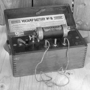 Vintage Shock Machine